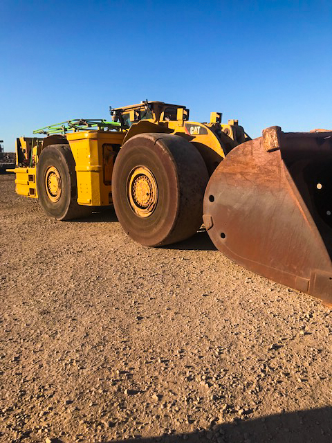 CATR2900 loader hire machine for underground or open cut mining, available for hire or to purchase through Murray Engineering.