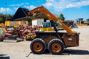 LP401 Low Profile Loader For Hire